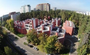 Кратово Village