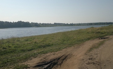 Речной берег