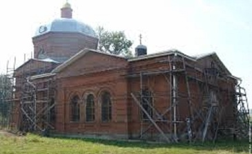 Свято-Покровский храм - находится в соседнем селе Волковичи.
