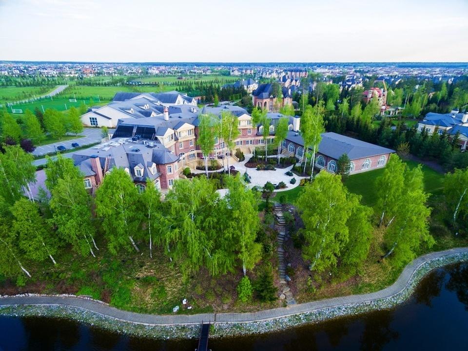 Москва агаларов гольф клуб клуб с музыкой 80 х в москве